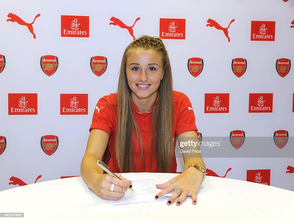Leah Williamson signs a new long term contract with Arsenal Ladies at London Colney on July 30, 2015 in St Albans, England.