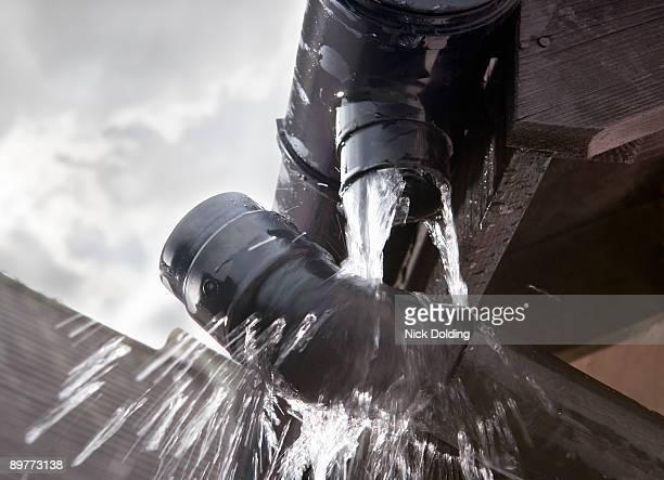 Leaking gutter