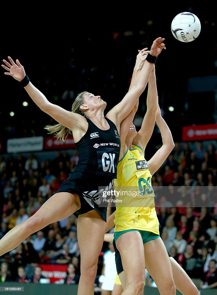 Leana de Bruin of the Silver Ferns and Caitlin Bassett of the Diamonds contest the ball during game two of the Constellation Series between the New...