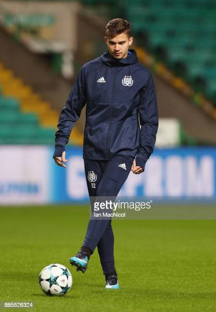 Leander Dendoncker of RSC Anderlecht controls the ball during an Anderlecht training session on the eve of their UEFA Champions League match against...