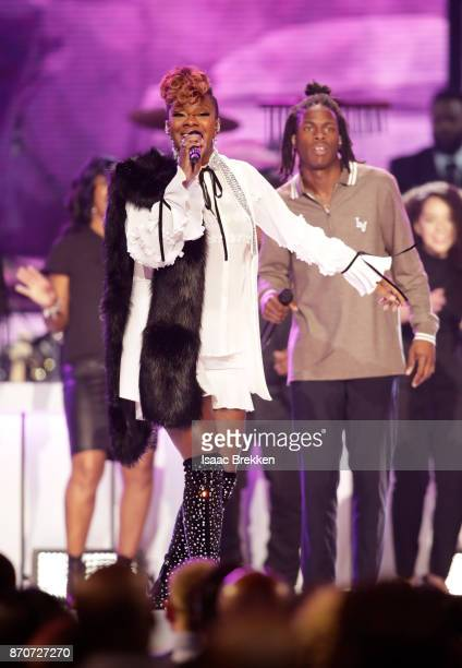 Le'Andria Johnson and Daniel Caesar perform onstage at the 2017 Soul Train Awards presented by BET at the Orleans Arena on November 5 2017 in Las...
