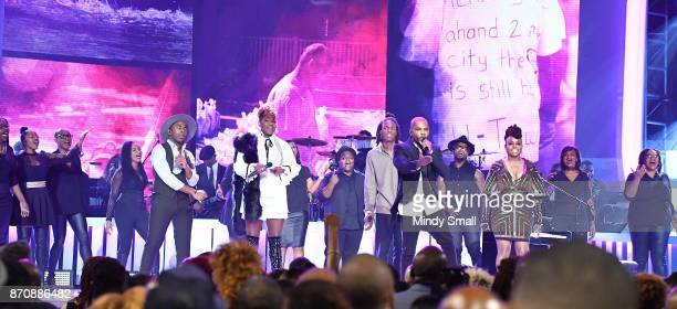 MAJOR Le'Andria Johnson Daniel Caesar Kirk Franklin and Ledisi perform during the 2017 Soul Train Music Awards at the Orleans Arena on November 5...