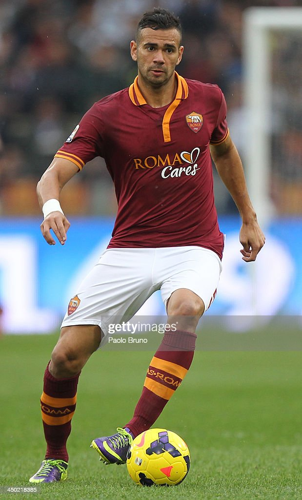 <a gi-track='captionPersonalityLinkClicked' href=/galleries/search?phrase=Leandro+Castan&family=editorial&specificpeople=5891971 ng-click='$event.stopPropagation()'>Leandro Castan</a> of AS Roma in action during the Serie A match between AS Roma and US Sassuolo Calcio at Stadio Olimpico on November 10, 2013 in Rome, Italy.
