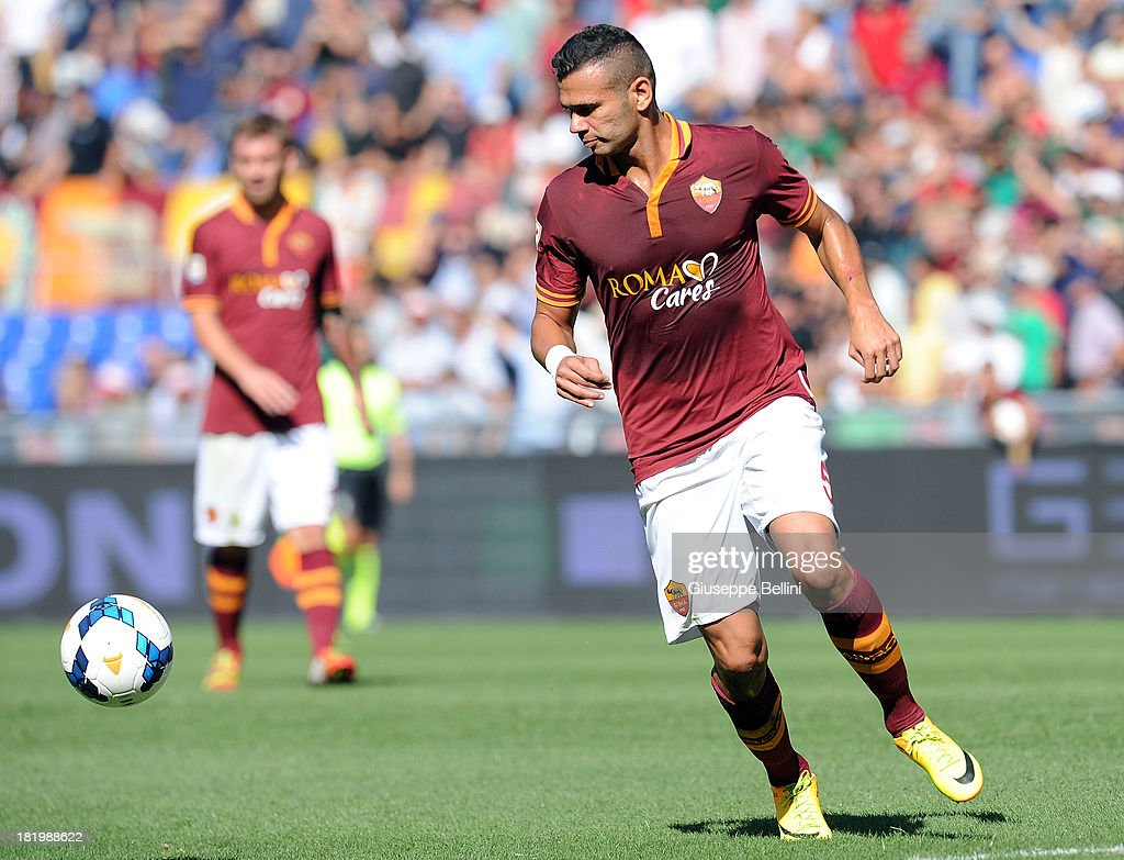 <a gi-track='captionPersonalityLinkClicked' href=/galleries/search?phrase=Leandro+Castan&family=editorial&specificpeople=5891971 ng-click='$event.stopPropagation()'>Leandro Castan</a> of Roma in action during the Serie A match between AS Roma and SS Lazio at Stadio Olimpico on September 22, 2013 in Rome, Italy.