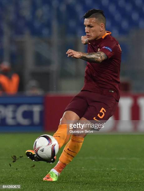 Leandro Paredes AS Roma in action during the UEFA Europa League Round of 32 second leg match between AS Roma and FC Villarreal at Stadio Olimpico on...