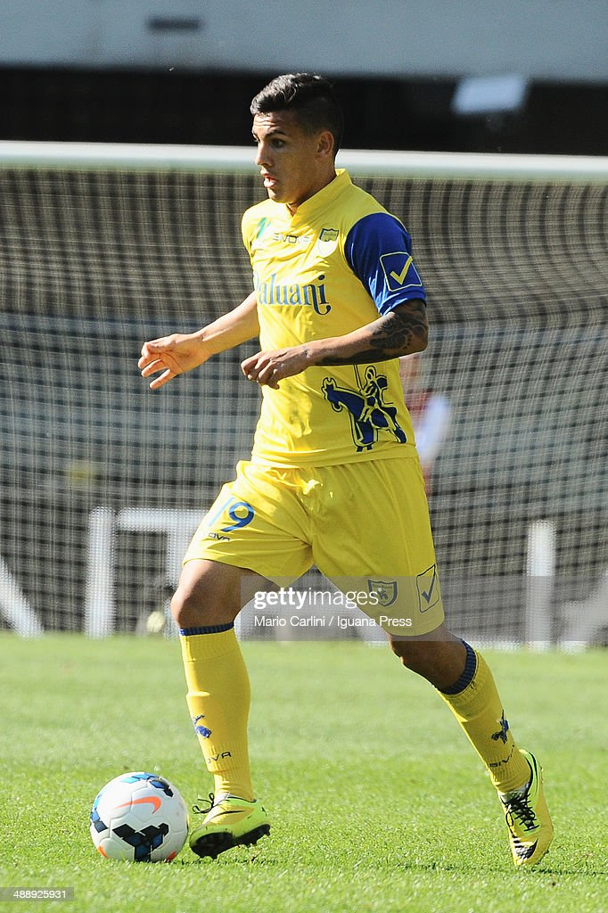 <a gi-track='captionPersonalityLinkClicked' href=/galleries/search?phrase=Leandro+Paredes&family=editorial&specificpeople=7626324 ng-click='$event.stopPropagation()'>Leandro Paredes</a> # 19 of AC Chievo Verona in action during the Serie A match between AC Chievo Verona and Torino FC at Stadio Marc'Antonio Bentegodi on May 4, 2014 in Verona, Italy.