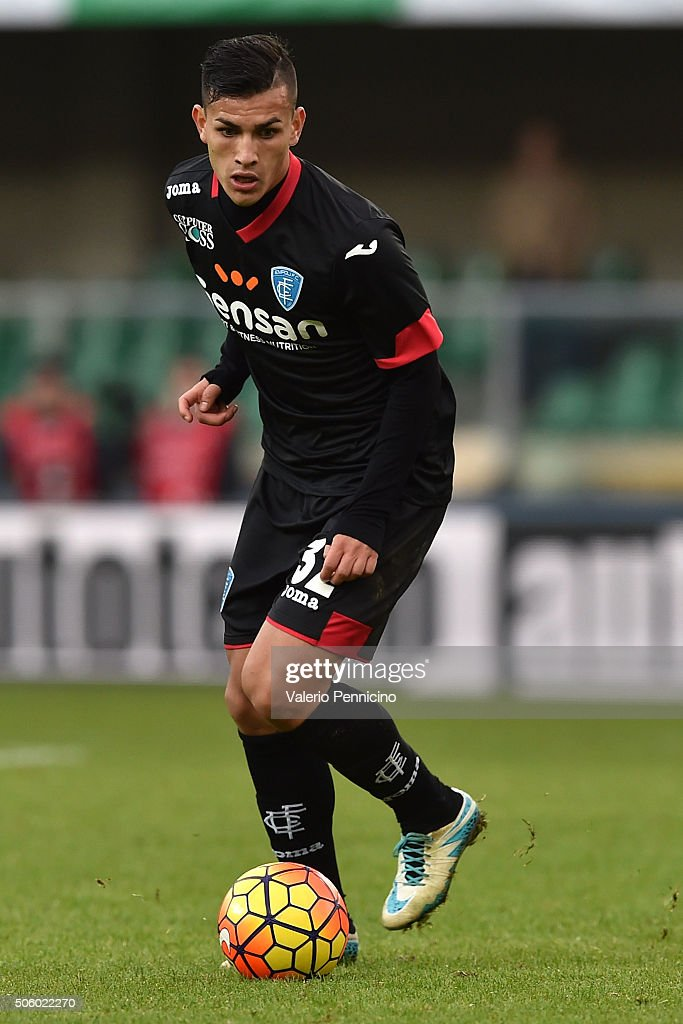 <a gi-track='captionPersonalityLinkClicked' href=/galleries/search?phrase=Leandro+Paredes&family=editorial&specificpeople=7626324 ng-click='$event.stopPropagation()'>Leandro Paredes</a> of Empoli FC in action during the Serie A match between AC Chievo Verona and Empoli FC at Stadio Marc'Antonio Bentegodi on January 17, 2016 in Verona, Italy.