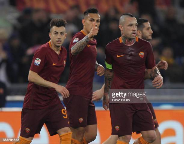 Leandro Paredes with his teammates of AS Roma celebrates after scoring the team's first goal during the Serie A match between AS Roma and US Sassuolo...