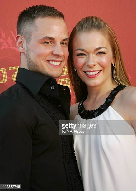 LeAnn Rimes and husband Dean Sheremet during 2007 CMT Music Awards Arrivals at The Curb Event Center at Belmont University in Nashville Tennessee...