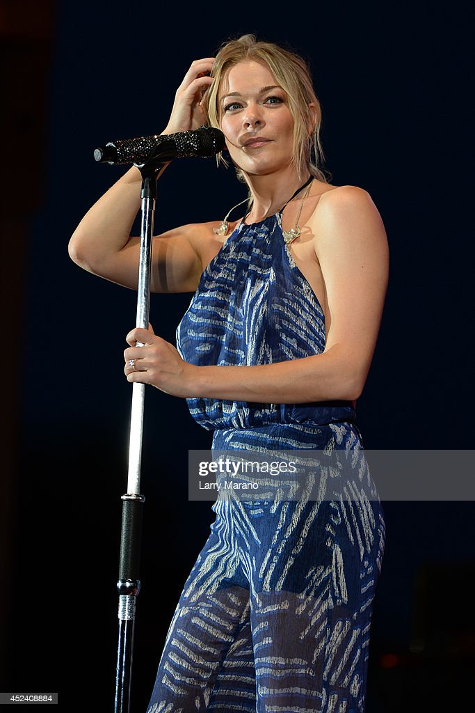 <a gi-track='captionPersonalityLinkClicked' href=/galleries/search?phrase=LeAnn+Rimes&family=editorial&specificpeople=208815 ng-click='$event.stopPropagation()'>LeAnn Rimes</a> performs at Mardi Gras Casino on July 19, 2014 in Hallandale, Florida.