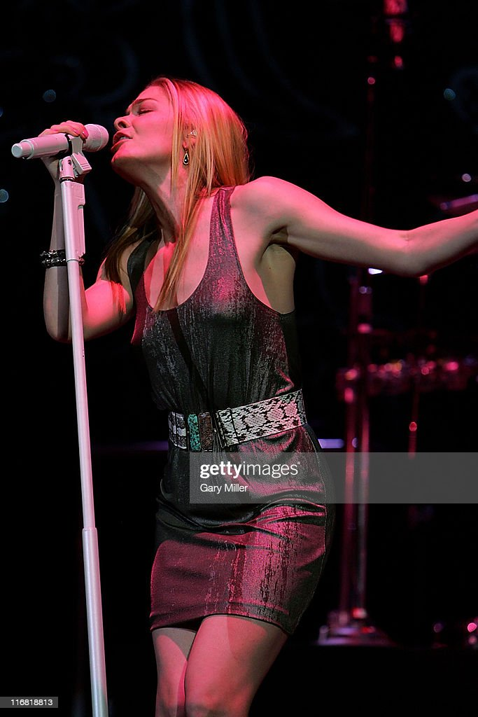 LeAnn Rimes performs at the Frank Erwin Center on May 1 2008 in Austin Texas