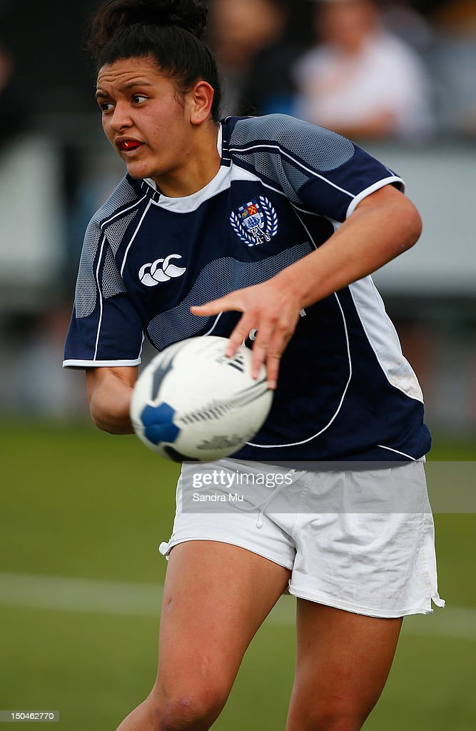Leanne Thompson of Auckland Blue passes during the Regional Women's Sevens Tournament Northern Region at College Rifles on August 19 2012 in Auckland...