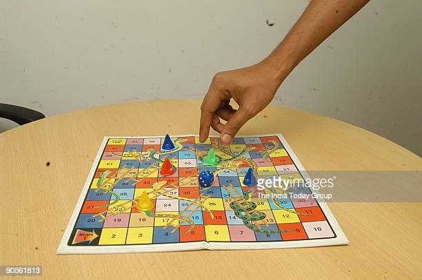 Learn numbers while playing a game of Snakes and Ladders