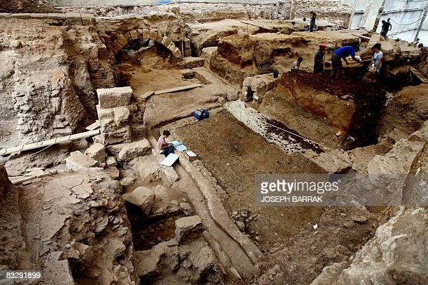 Lebanese archaeologists work at a Roman archaeological site in Ashrafiyeh in the eastern suburbs of Beirut on September 23 2008 Ancient history is...