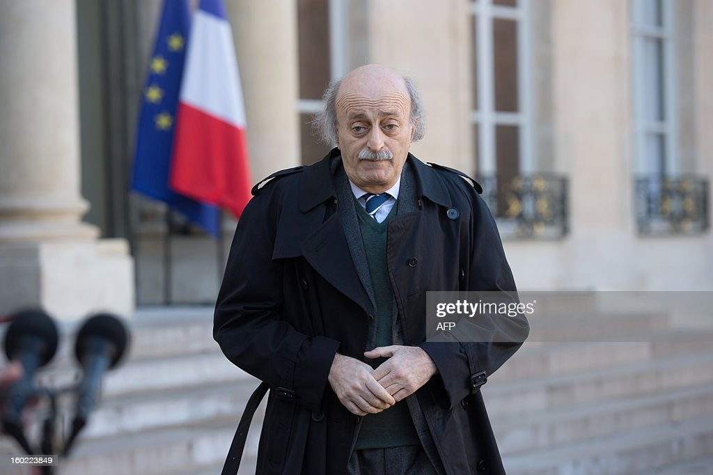 Lebanese Druze leader and Progressive Socialist Party (PSP) chairman Walid Jumblatt leaves the Elysee presidential palace after a meeting with France's President in Paris on January 28, 2013. AFP PHOTO BERTRAND LANGLOIS