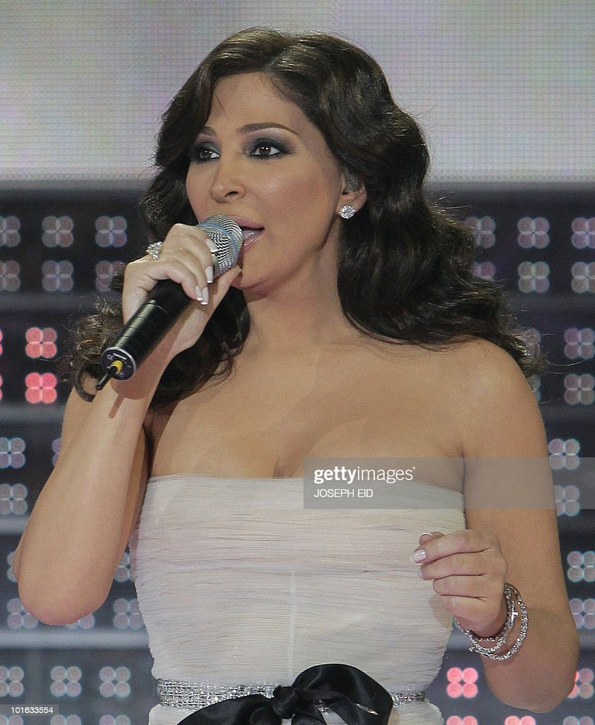 Lebanese singer Elissa performs during the final of Star Academy, a highly successful pan-Arab television show, produced by Lebanese Broadcasting Corporation International (LBCI), at its studios in Adma, north of Beirut, late on June 4, 2010.