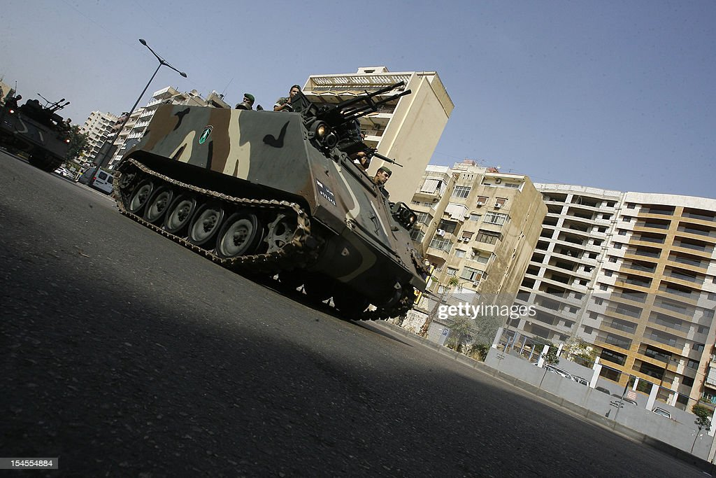 Lebanese soldiers patrol the Corniche al-Mazraa neighbourhood in the capital Beirut on October 22, 2012. The army said it was determined to restore order in Lebanon, roiled by growing political tensions linked to Syria after a top policeman was murdered and former premier Rafiq Hariri called for the government to step down. AFP PHOTO / STR