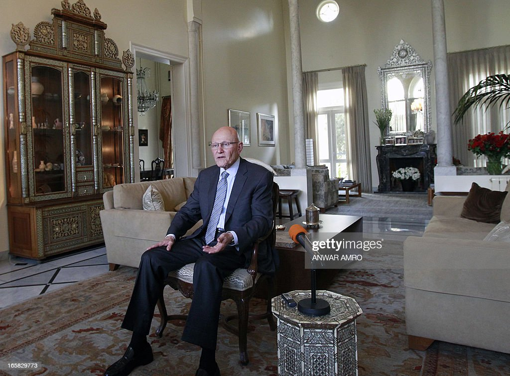 Lebanon's newly named Prime Minister Tammam Salam answers to AFP's journalists' questions during an interview following his official appointment, on April 6, 2013 at his home in the Lebanese capital Beirut. Salam's appointment comes two weeks after Najib Mikati resigned and effectively brought down his Hezbollah-dominated government. AFP PHOTO / ANWAR AMRO