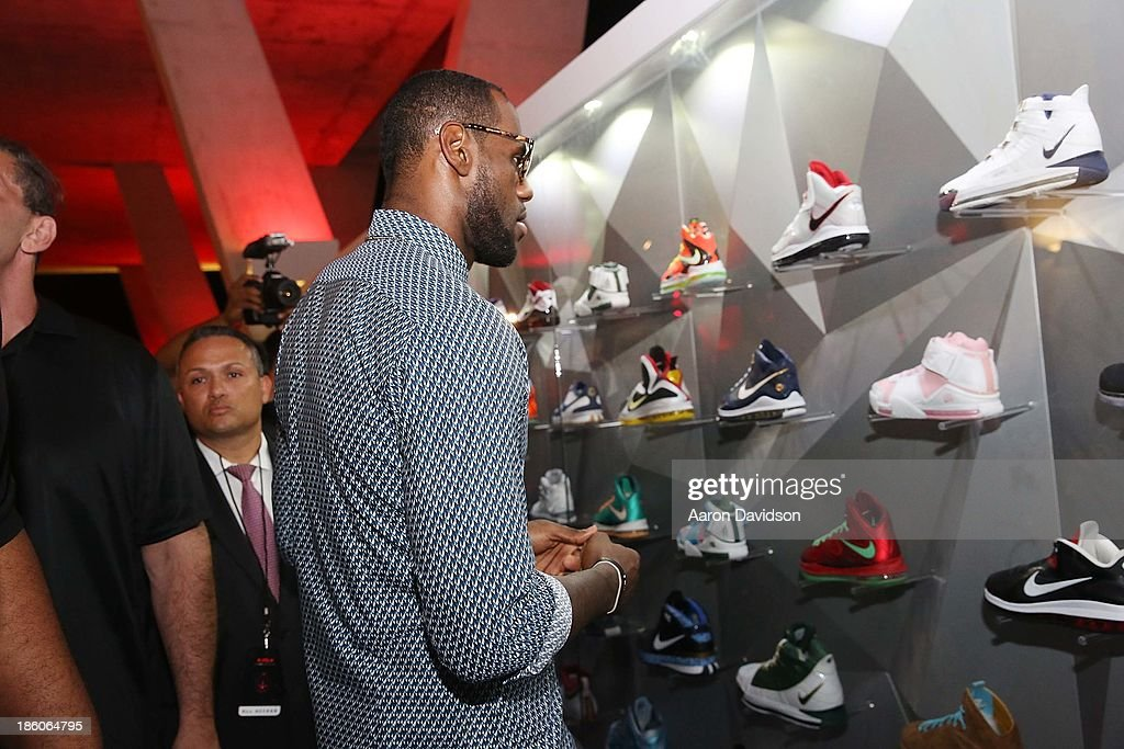 <a gi-track='captionPersonalityLinkClicked' href=/galleries/search?phrase=LeBron+James&family=editorial&specificpeople=201474 ng-click='$event.stopPropagation()'>LeBron James</a> attends <a gi-track='captionPersonalityLinkClicked' href=/galleries/search?phrase=LeBron+James&family=editorial&specificpeople=201474 ng-click='$event.stopPropagation()'>LeBron James</a> 11/11 Experience hosted by Nike on October 27, 2013 in Miami Beach, Florida.