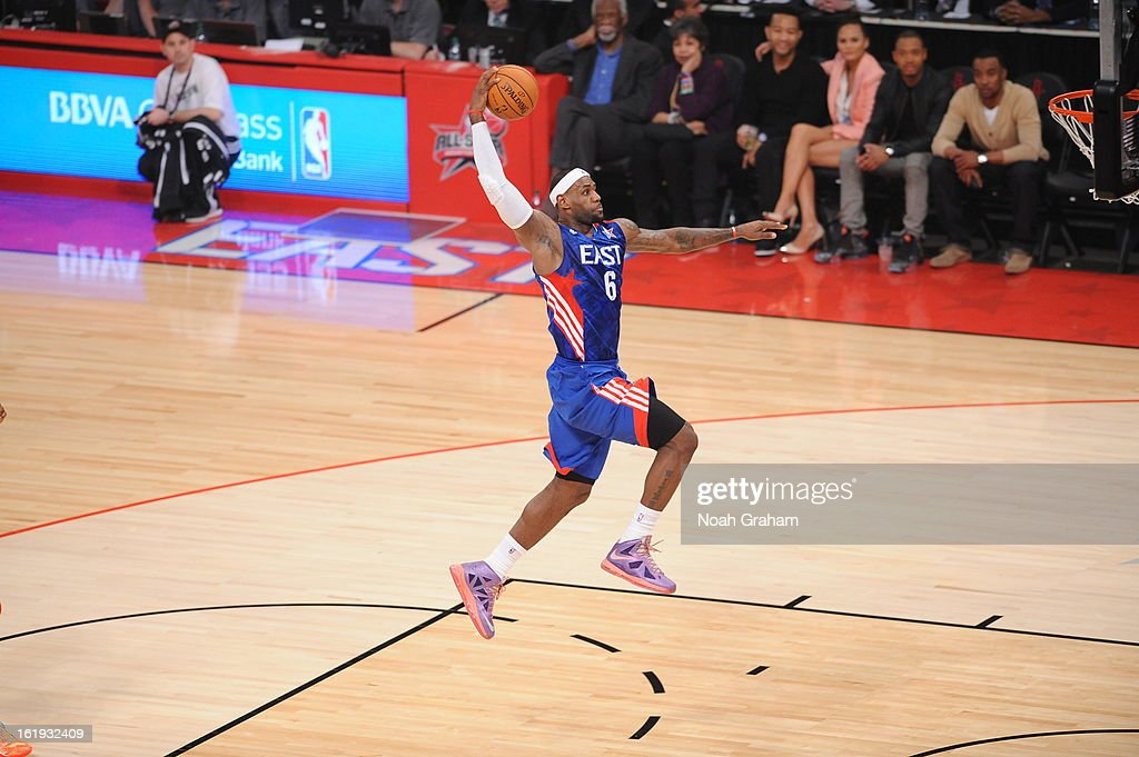 <a gi-track='captionPersonalityLinkClicked' href=/galleries/search?phrase=LeBron+James&family=editorial&specificpeople=201474 ng-click='$event.stopPropagation()'>LeBron James</a> #6 of the Eastern Conference All-Stars dunks against the Western Conference All-Stars during the 2013 NBA All-Star Game presented by Kia on February 17, 2013 at the Toyota Center in Houston, Texas.