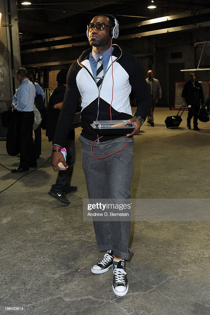 LeBron James #6 of the Miami Heat arrives before a game against the Los Angeles Clippers at the Staples Center on November 14, 2012 in Los Angeles, California.