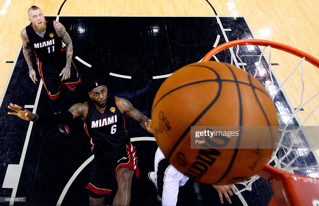 <a gi-track='captionPersonalityLinkClicked' href=/galleries/search?phrase=LeBron+James&family=editorial&specificpeople=201474 ng-click='$event.stopPropagation()'>LeBron James</a> #6 of the Miami Heat goes to the basket against the San Antonio Spurs during Game Two of the 2014 NBA Finals at the AT&T Center on June 8, 2014 in San Antonio, Texas.