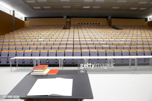 Lecture hall - empty, view from presenter