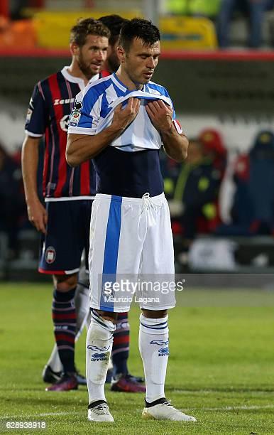 Ledian Memushaj of Pescara shows his dejection during the Serie A match between FC Crotone and Pescara Calcio at Stadio Comunale Ezio Scida on...