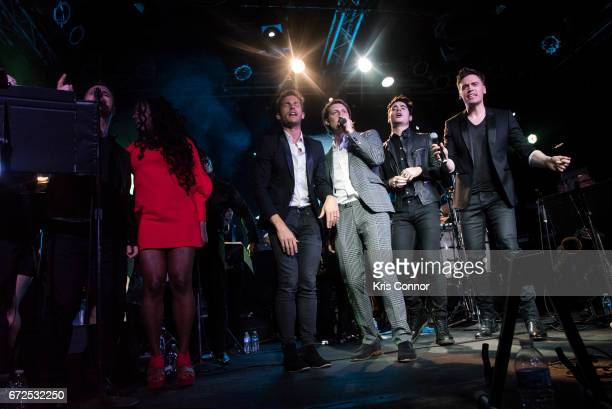 Ledisi Jon McLaughlin Eric Hutchinson Leon Else and Erich Bergen attend the George Michael Tribute Concert presented by VH1's Save The Music at...