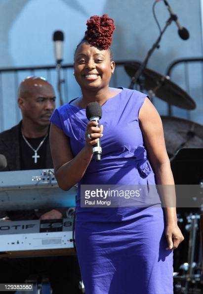 Ledisi performs during the Martin Luther King Jr Memorial Dedication cochaired by the Tommy Hilfiger Corporate Foundation on October 16 2011 in...