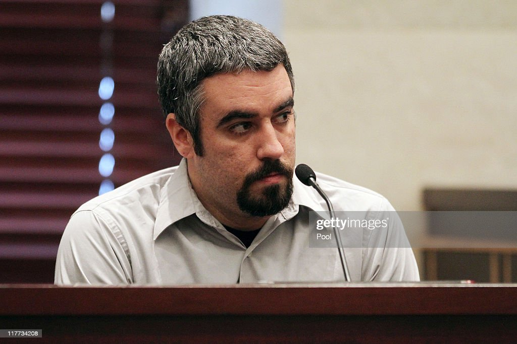 Lee Anthony testifies during the murder trial of his sister Casey Anthony at the Orange County Courthouse on June 30, 2011 in Orlando, Florida. Anthony's defense attorneys argued that she didn't kill her two-year-old daughter Caylee, but that she accidentally drowned.