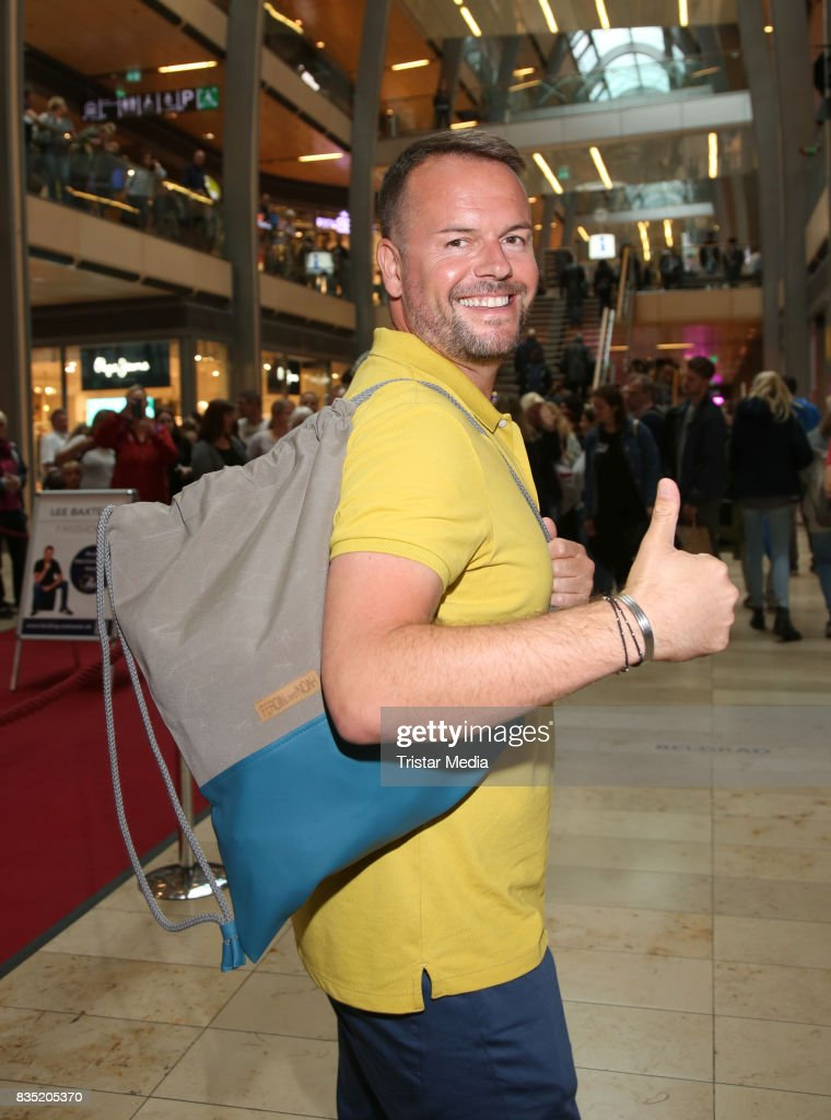Lee Baxter during his autograph session at Europacenter on August 18, 2017 in Hamburg, Germany.