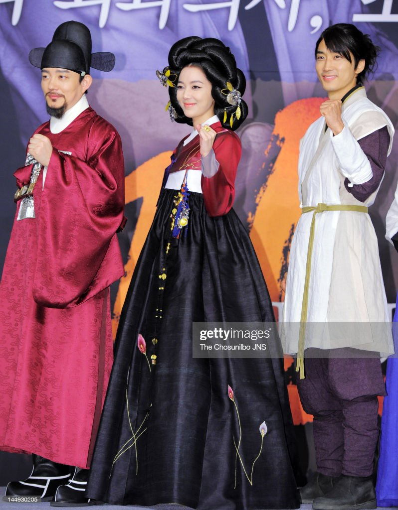 Lee Beom-Soo, Lee So-Yeon, and Song Seung-Heon attend the MBC Drama 'Dr. Jin' Press Conference at Lotte Hotel on May 17, 2012 in Seoul, South Korea.