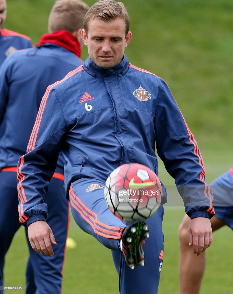 Lee Cattermole controls the ball during a Sunderland AFC training session at The Academy of Light on April 29, 2016 in Sunderland, England.