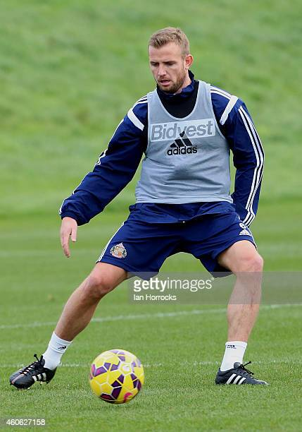 Lee Cattermole during a Sunderland AFC Training Session at the Academy of Light on December 18 2014 in Sunderland England