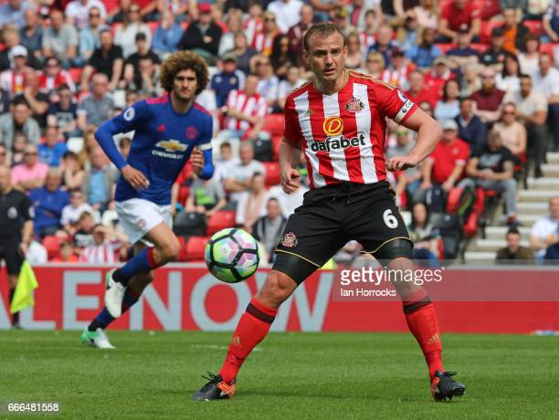 Lee Cattermole of Sunderland during the Premier League match between Sunderland and Manchester United at Stadium of Light on April 9 2017 in...