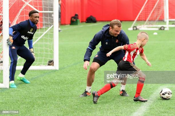 Lee Cattermole of Sunderland First team training with the U8 academy team at The Academy of Light on April 13 2017 in Sunderland England