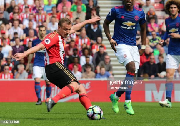 Lee Cattermole of Sunderland has a shot during the Premier League match between Sunderland and Manchester United at Stadium of Light on April 9 2017...