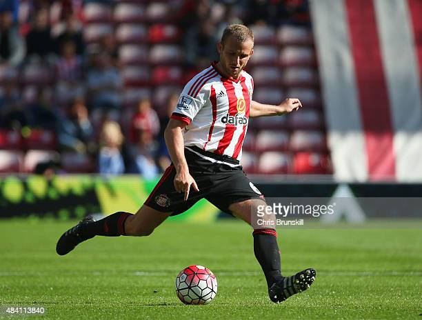 Lee Cattermole of Sunderland in action during the Barclays Premier League match between Sunderland and Norwich City at the Stadium of Light on August...