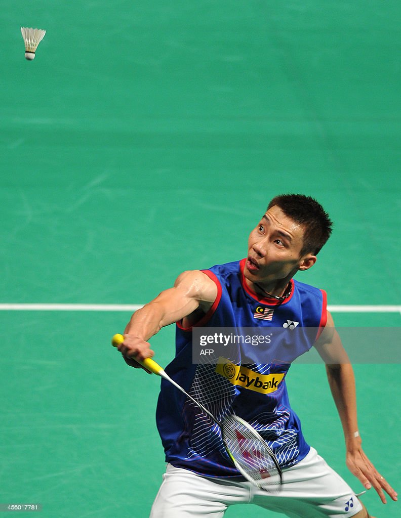 singles in lee Newly-crowned world no1 kidambi srikanth let slip the early advantage to settle for a silver medal in the 21st commonwealth games, going down to malaysian legend lee chong wei in the men's singles summit clash on sunday.