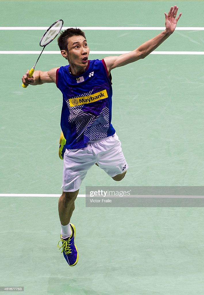 <a gi-track='captionPersonalityLinkClicked' href=/galleries/search?phrase=Lee+Chong+Wei&family=editorial&specificpeople=647820 ng-click='$event.stopPropagation()'>Lee Chong Wei</a> of Malaysia in action against Sony Dwi Kuncoro of Indonesia during the men singles final match during the Yonex-Sunrise Hong Kong Open Badminton Championship 2013 on November 24, 2013 in Hong Kong, Hong Kong.