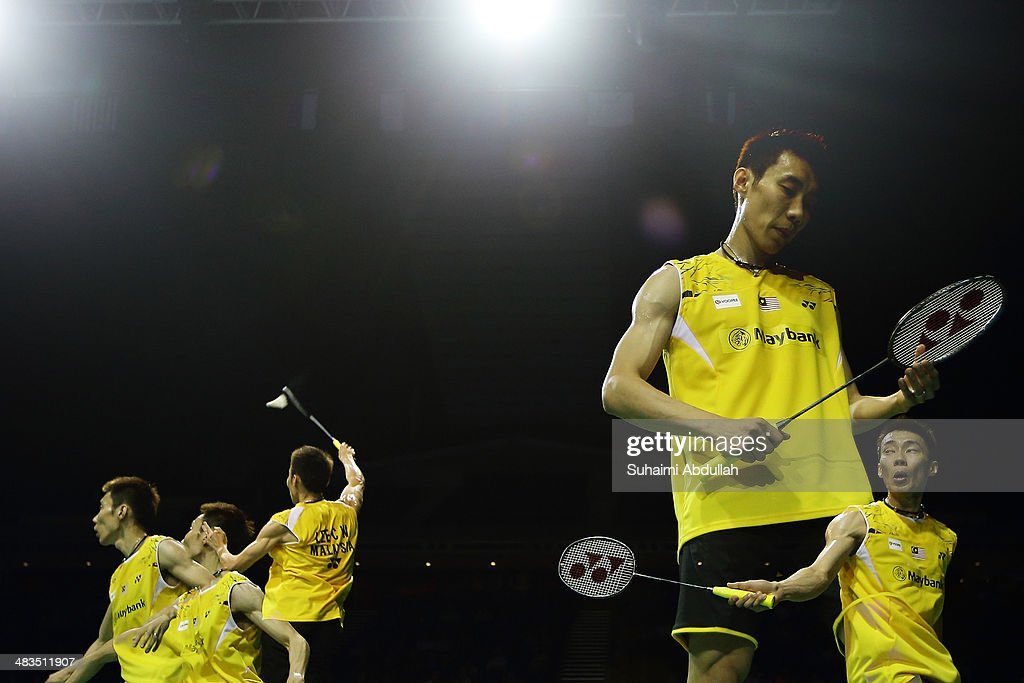 Lee Chong Wei of Malaysia in action during the 2014 Singapore Open men's single round 1 match at Singapore Indoor Stadium on April 9, 2014 in Singapore.