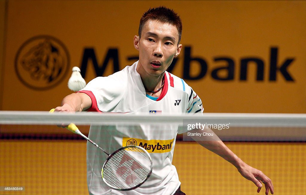 <a gi-track='captionPersonalityLinkClicked' href=/galleries/search?phrase=Lee+Chong+Wei&family=editorial&specificpeople=647820 ng-click='$event.stopPropagation()'>Lee Chong Wei</a> of Malaysia palys a shot to Jan O Jorgensen of Denmark during day five of the Men's Singles Semi-Finals of the Malaysia Badminton Open on January 18, 2014 in Kuala Lumpur, Malaysia.