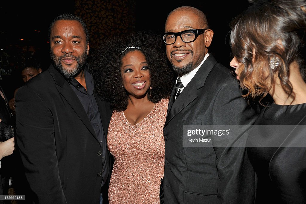 <a gi-track='captionPersonalityLinkClicked' href=/galleries/search?phrase=Lee+Daniels&family=editorial&specificpeople=209078 ng-click='$event.stopPropagation()'>Lee Daniels</a>, <a gi-track='captionPersonalityLinkClicked' href=/galleries/search?phrase=Oprah+Winfrey&family=editorial&specificpeople=171750 ng-click='$event.stopPropagation()'>Oprah Winfrey</a> and <a gi-track='captionPersonalityLinkClicked' href=/galleries/search?phrase=Forest+Whitaker&family=editorial&specificpeople=226590 ng-click='$event.stopPropagation()'>Forest Whitaker</a> attend <a gi-track='captionPersonalityLinkClicked' href=/galleries/search?phrase=Lee+Daniels&family=editorial&specificpeople=209078 ng-click='$event.stopPropagation()'>Lee Daniels</a>' 'The Butler' New York premiere, hosted by TWC, DeLeon Tequila and Samsung Galaxy on August 5, 2013 in New York City.