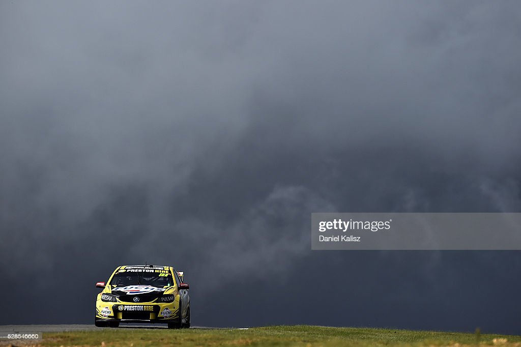 Lee Holdsworth drives the #18 Preston Hire Racing Holden Commodore VF during practice for the V8 Supercars Perth SuperSprint at Barbagallo Raceway on May 6, 2016 in Perth, Australia.