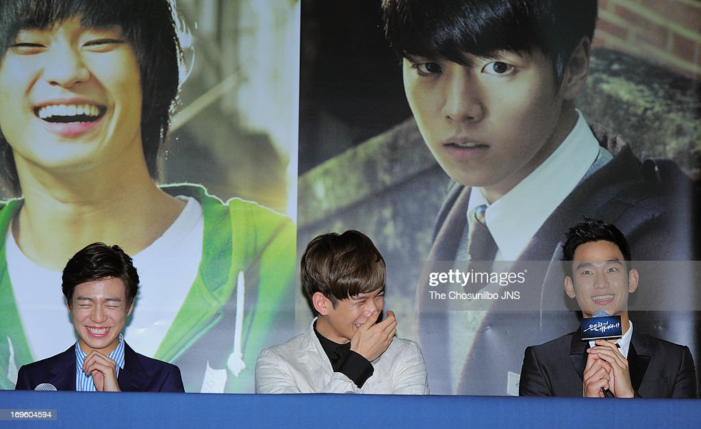 Lee HyunWoo Park KiWoong and Kim SooHyun attend the 'Secretly and Greatly' press conference at COEX Megabox on May 27 2013 in Seoul South Korea