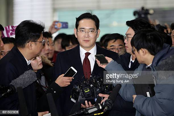 Lee JaeYong vice chairman of Samsung arrives at the office of the independent counsel on January 12 2017 in Seoul South Korea The independent counsel...