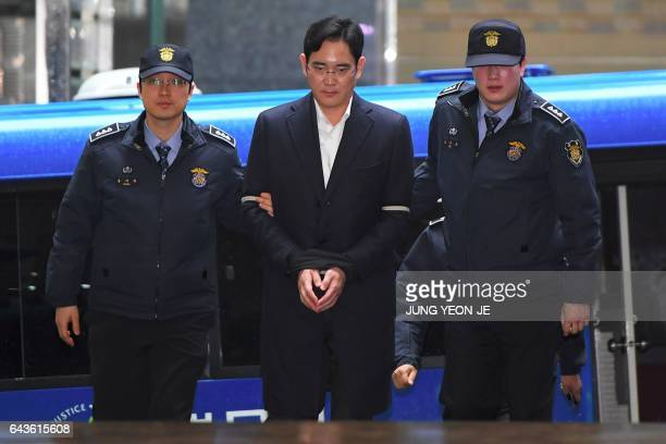 Lee JaeYong vice chairman of Samsung Electronics arrives for questioning at the office of a special prosecutor investigating a corruption scandal in...