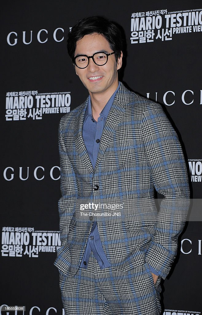 <a gi-track='captionPersonalityLinkClicked' href=/galleries/search?phrase=Lee+Jin-Uk&family=editorial&specificpeople=7643365 ng-click='$event.stopPropagation()'>Lee Jin-Uk</a> attends the 'Mario Testino: Private View' Photographic Exhibition Opening at GUCCI flagship store on October 18, 2013 in Seoul, South Korea.