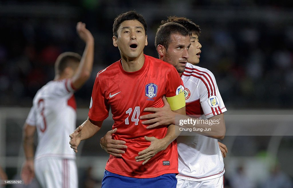 <a gi-track='captionPersonalityLinkClicked' href=/galleries/search?phrase=Lee+Jung-Soo&family=editorial&specificpeople=5040502 ng-click='$event.stopPropagation()'>Lee Jung-Soo</a> of South Korea in action during the FIFA World Cup Asian Qualifier match between South Korea and Lebanon at Goyang Stadium on June 12, 2012 in Goyang, South Korea.